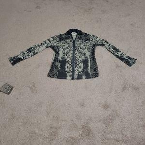 Rock primrose pattern lace & gem details